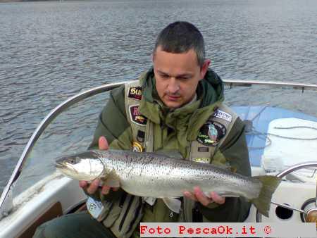La pesca su una filatura in area Di Mosca in luglio