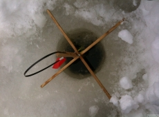 IMG_8492_ice_fishing.jpeg